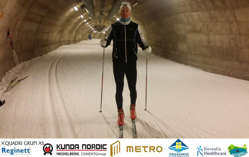 Vuokatti tunnel koos sponsorlogodega